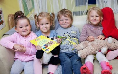 Children on sofa at Weston Nursery & Pre-school
