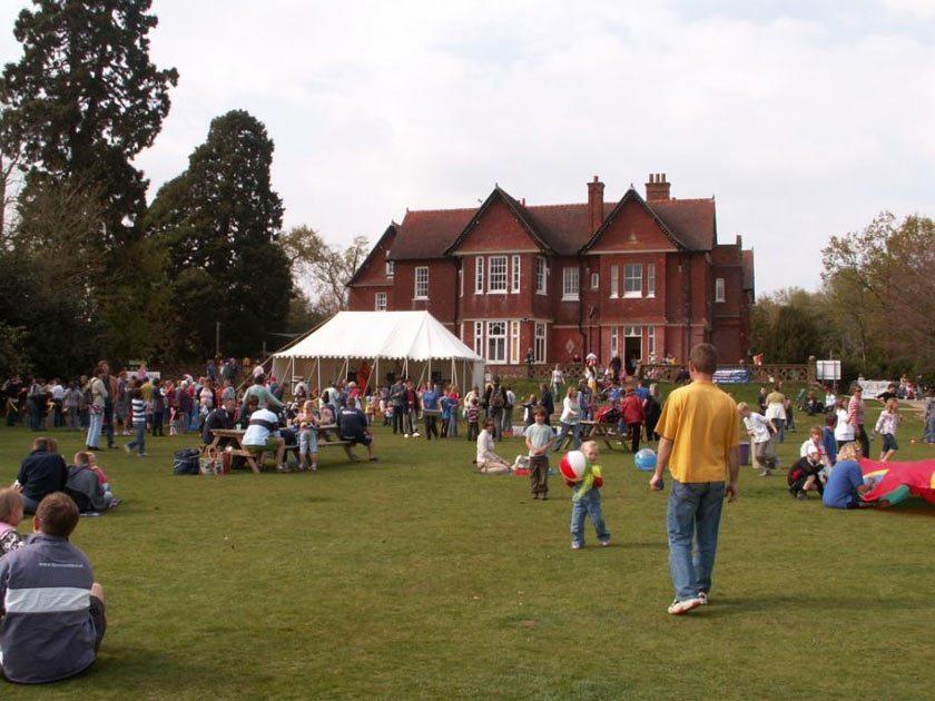 Event at Fairthorne Manor